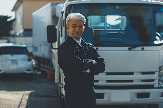 トラック運転手に年齢の制限はあるの?転職適齢や定年についてのイメージ