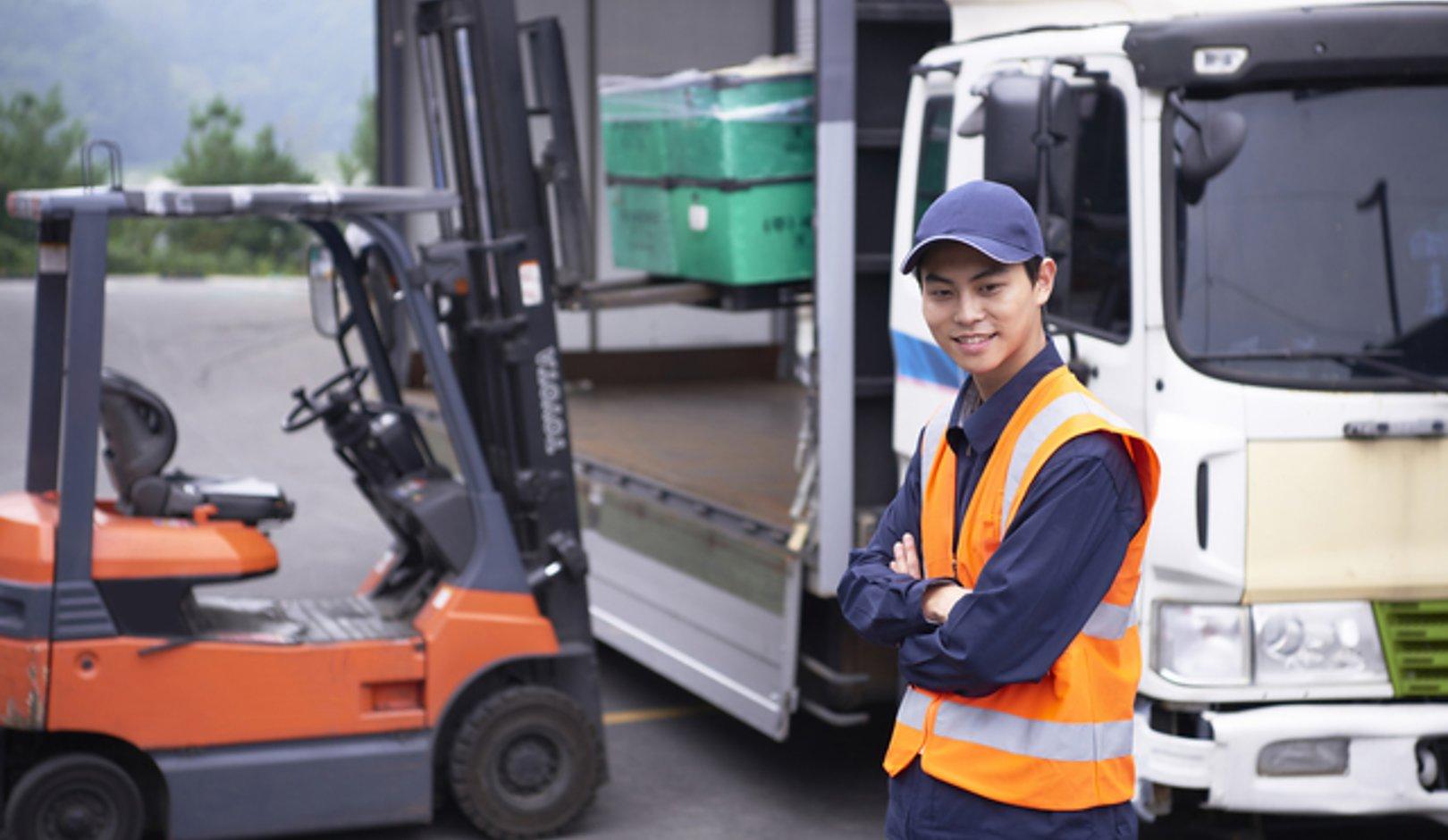 トラック運転手の給料とスキルアップにおすすめの資格をご紹介の画像